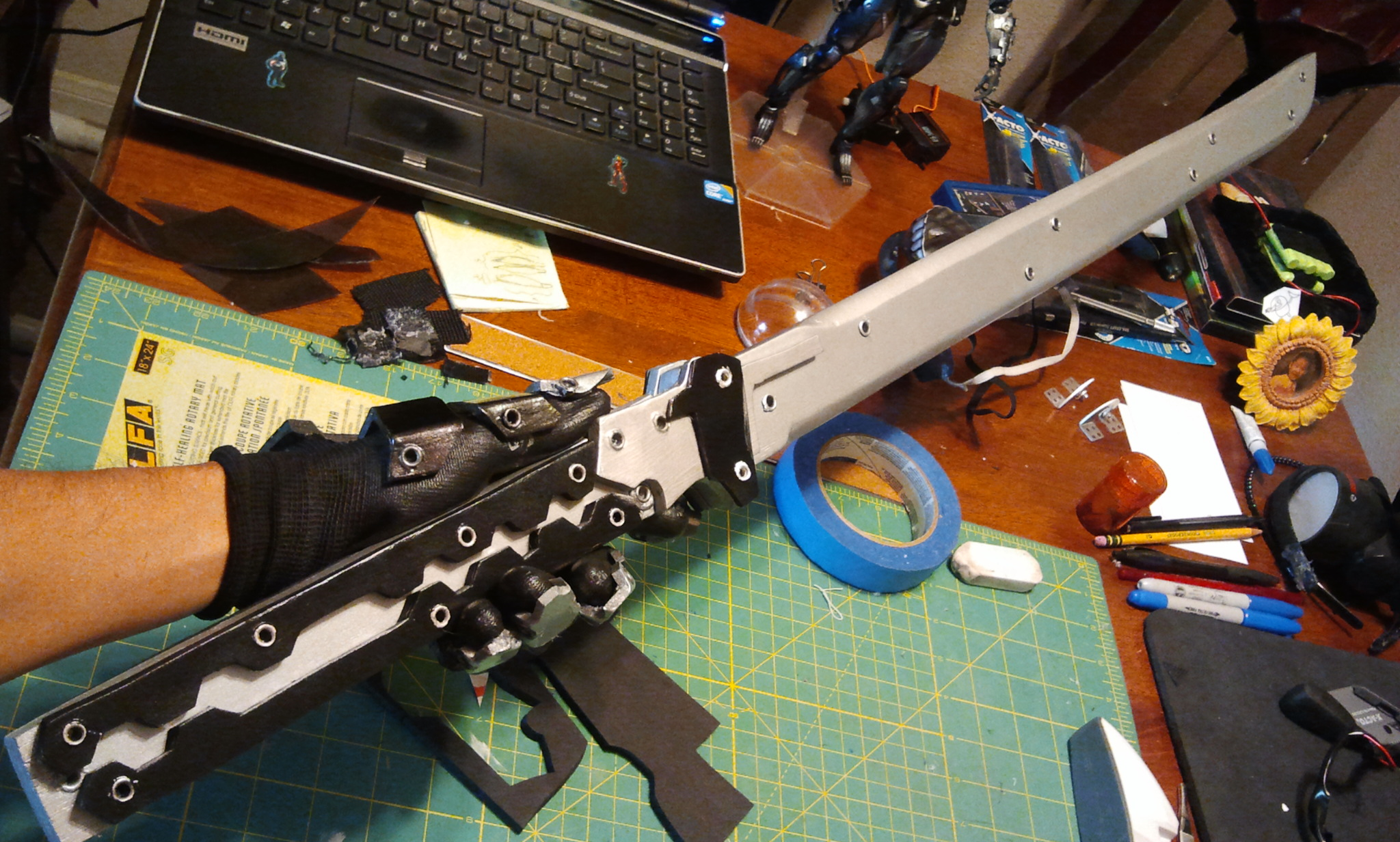 Diy: building your own larp sword | geek and sundry.